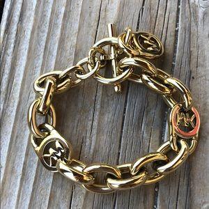 Michael Kors Chunky Gold Tone Chain Bracelet!